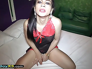Energetic oriental shemale bareback screwed in a hotel room